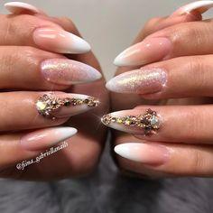 "2,026 aprecieri, 16 comentarii - ˢᴬᴺᴰᵞ ᴸᴱ〰ᴳᵁᶜᶜᴵ_ᶠᴵᴵᴺᴬ (@fiina_naillounge) pe Instagram: ""Nails done by Gaby ❤️ @fiina__gabriellanails #nailitmagazine #nailprodigy #nailedit #guccifiina…"""