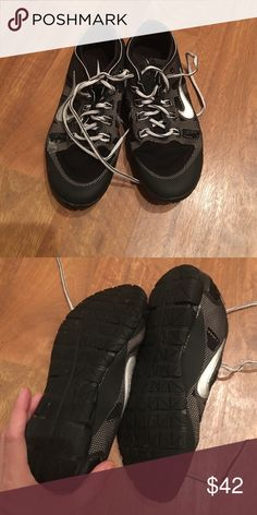 Nike training shoes size 7 Great condition Nike training shoes. These are great gym shoes for lifting. Very flat. Only worn a handful of times Nike Shoes Athletic Shoes