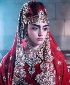 Фотография Turkish Women Beautiful, Turkish Beauty, Beautiful Girl Photo, Beautiful Hijab, Mermaid Dresses, Bridal Dresses, Wedding Dress, Art Indien, Ruffles
