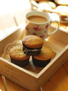 Cupcake Recipes : Banana cupcake (Julia child's banana bread)