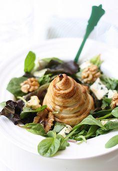 Receta de ensalada de pera, queso azul y nueces