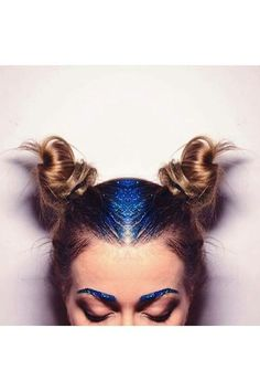 Galaxy Glitter Roots - Best Festival-Approved Hairstyles - Photos