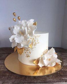 Creative Birthday Cakes, Elegant Birthday Cakes, Birthday Cake With Flowers, Beautiful Birthday Cakes, Beautiful Cakes, Amazing Cakes, Cake Decorating Piping, Cake Decorating Designs, Cake Decorating Techniques