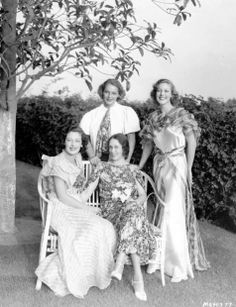 Sisters Polly Ann Young, Sally Blane and Loretta Young with their mother, Gladys Belzer