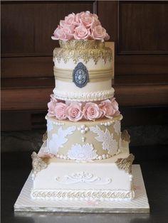 Vintage Wedding Cake - Cake by AmysSweettalk Beautiful Wedding Cakes, Gorgeous Cakes, Pretty Cakes, Amazing Cakes, Fondant Cakes, Cupcake Cakes, Just Cakes, Elegant Cakes, Occasion Cakes