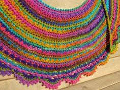 Karin aan de haak: Halve Maan sjaal - Crescent Shawl