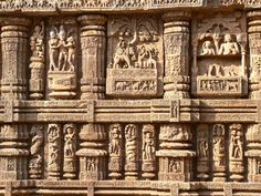 Konark Sun Temple-  http://www.guiddoo.com/