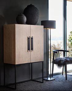 Slettvoll.no Find Furniture, Online Furniture, Furniture Makeover, Home Furniture, Furniture Design, Home Decor Bedroom, Home Living Room, Sideboard Design, Eclectic Decor