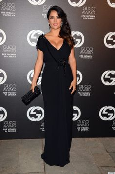 Salma Hayek is absolutely stunning. Great dress for an infinitely talented lady.