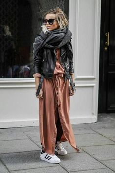 Fall Street Style Outfits to Inspire Herbst Street Style Fashion Week Mode Outfits, Fall Outfits, Casual Outfits, Fashion Outfits, Fashion Clothes, Outfit Winter, Winter Maxi, Style Outfits, Summer Winter