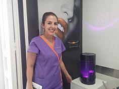 Acuario para medusas en clínica dental Navarro