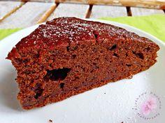 Korzenne ciasto z cukinią i karobem