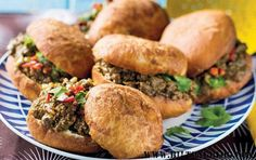 mince and vetkoek