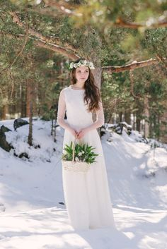 spring bride весенняя невеста Love Story, Seasons, Bride, Wedding Dresses, Winter, Fashion, Moda, Bridal Dresses, Bridal