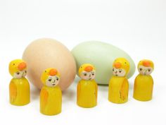 Baby Chicks, wooden peg doll, Easter Toy, Spring Nature Table, Handmade Wooden toy, Waldorf Inspired,