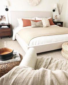 Master Bedroom Design, Bedroom Inspo, Dream Bedroom, Home Bedroom, Bedroom Decor, Bedroom Ideas, Guest Room Office, Thing 1, House Inside
