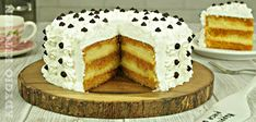 Tort cu crema de vanilie sau tort Petre Roman Romanian Desserts, Cake Recipes, Dessert Recipes, Choux Pastry, Food Cakes, Cakes And More, Caramel, Macarons, Vanilla Cake