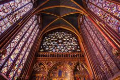 One of the most extraordinary churches you'll ever see, this royal medieval chapel with its impressive gothic architecture and stunning 13th-century stained glass windows, is not to be missed.