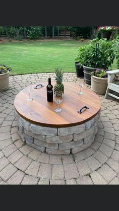 Backyard Patio Designs, Backyard Landscaping, Backyard Projects, Fire Pit Backyard, Fire Pit Pergola, Fire Pit On Wood Deck, Small Garden Fire Pit, Outdoor Fire Pit Table, Outdoor Grill Area