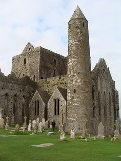 At Cashel in South Tipperary, Ireland is one of the most remarkable collections of Celtic art and medieval architecture to be found anywhere in Europe. Few remnants of the early structures survive; the majority of buildings on the current site date from the 12th and 13th centuries.