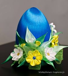 wstazkowe.inspiracje Egg Crafts, Easter Crafts, Diy And Crafts, Arts And Crafts, Strawberry Crafts, Kanzashi Tutorial, Egg Art, Egg Shape, Ribbon Work