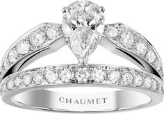 Idée et inspiration Bague Diamant :   Image   Description   CHAUMET Joséphine platinum and #diamond tiara ring