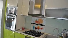 renovare bucatarie la bloc Kitchen Cabinets, Home Decor, Decoration Home, Room Decor, Cabinets, Home Interior Design, Dressers, Home Decoration, Kitchen Cupboards