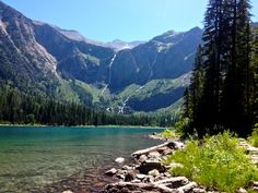 Avalanche Lake, Glacier National Park, Montana - 10 easy hikes in Glacier National Park for kids Places To Travel, Places To See, Travel Destinations, Glacier National Park Montana, Glacier Np, West Coast Road Trip, Parks, Vacation Spots, Vacation Travel