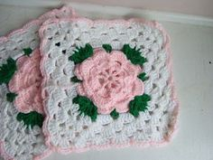 Ravelry: Rose Trellis Afghan & Pillow: Afghan (archived) pattern by Caron Design Team Picot Crochet, Crochet Puff Flower, Crochet Afgans, Manta Crochet, Crochet Flower Patterns, Afghan Crochet Patterns, Crochet Motif, Free Crochet, Crochet Roses