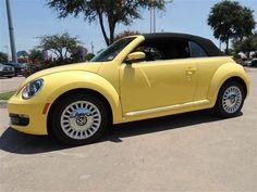 2013 Volkswagen Beetle 2.5L w/Tech