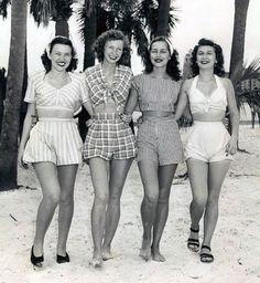 Vintage beach wear - The beautiful lady second from my right looks just li., Beach Outfits, Vintage beach wear - The beautiful lady second from my right looks just like my aunt! 40s Mode, Retro Mode, Vintage Mode, Moda Vintage, Vintage Ladies, 50s Vintage, Vintage Style, Vintage Hats, Dress Vintage