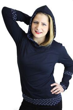 Longsleeves - longsleeve dunkelblau Kapuze Baumwolle - ein Designerstück von JAQUEEN-handmade-streetwear-berlin bei DaWanda