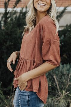 Little Italy Babydoll Top - Style embroidery sweets embroidery inspiration embroidery beautiful Bohemian Tops, Mode Outfits, Fall Outfits, Fashion Outfits, Fashion Mode, Fashion Week, Style Fashion, Womens Fashion, Looks Style