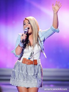 Lauren Alaina. Hair makeup and outfit = love!