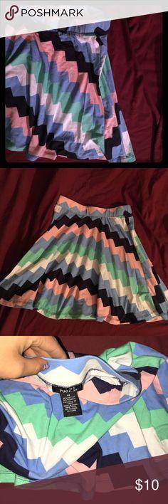 Rue 21 summer skirt Never worn rude 21 summer skirt! No stains not a flaw! Rue 21 Skirts Maxi