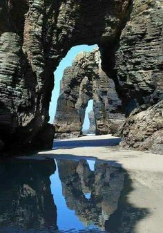 Playa de las catedrales. Ribadeo, Lugo. www.cursosinglesirlanda.es