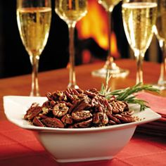 Mississippi Spiced Pecans Make plenty of these mildly sweet and salty nuts--they are great to have on hand over the holidays. Healthy Christmas Recipes, Best Thanksgiving Recipes, Holiday Recipes, Party Recipes, Thanksgiving Appetizers, Christmas Appetizers, Holiday Treats, Spiced Pecans, Roasted Pecans