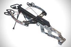 Scorpyd VTEC-Perfect Balance: Reverse-draw crossbows are a pain unless your entire hunting experience takes place in a blind. They can be hard to maneuver, easily get caught, and experienced hunters and target shooters often find their accuracy spotty. The VTEC quiets such criticisms by using a narrow 22.25 inch body that rests all the weight at the center, making it quicker than most standard bows for rapid turning, aim adjustment, and movement through the brush.