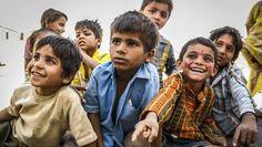 Das verheerende Erdbeben in Nepal hat mehrere Tausend Opfer gefordert. Kurz nach der Katastrophe bewies der Teenager Ishwor Ghimire großen Mut - und rettete 55 hilflosen Waisenkindern das Leben.