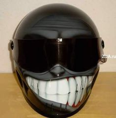 This is a weird and funny helmet . If you ride your Yamaha motorcycle with this helmet on, that will be worth watching. A funny motorcycle. Motorcycle Helmet Design, Motorcycle Gear, Motorcycle Accessories, Bike Helmets, Snowmobile Helmets, Women Motorcycle, Motorcycle Quotes, Funny Motorcycle, Custom Helmets