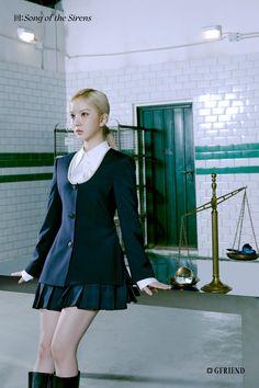 回:Song of the Sirens Concept Photo <Tilted 3> Gfriend Album, Gfriend Yuju, Gfriend Sowon, South Korean Girls, Korean Girl Groups, Vintage Mermaid, G Friend, Korean Singer, Pop Group