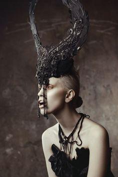 Dark Fashion| Gothic Headdress