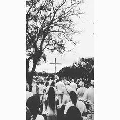 """"""" O velho Omulu vem caminhando devagar! Apoiado em seu cajado ele vem nos ajudar... Omulu é dono da terra Atotô Obaluaê!  #umbanda #umbandasagrada #ica #bauru #rodrigoqueiroz #minhafé #atotô #omulu #obaluaê #finados #cruzeiro #calunga #cemitério #umbandistas #diadefinados #dedicação #faith #religion #love #holiday #cemitery #dead #deadsday #monday #morning #bomdia by lollafrytsch"""