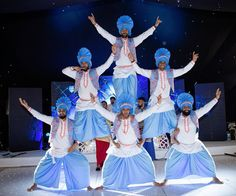 Bhangra dancers and Indian dhol drummers for your Bollywood party; London and UK