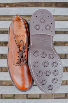 Stuck for inspiration this Father's Day? Our e-gift card is available from £10 and can be redeemed across our online store. Your e-gift card code can be emailed directly to the recipient, or to you to print out/write in a card.  . Featured: Tricker's Woodstock in caramel kudu . #robinsonsshoes #fathersdaygifts #mensshoes Trickers Shoes, Miller Sandal, Tory Burch Flats, Woodstock, Fathers Day Gifts, Men's Shoes, Caramel, Footwear, Store