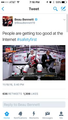 I feel like this would be me as a hockey player let's face it they wouldn't even let me off the bench. Hockey Girls, Hockey Mom, Hockey Stuff, Hockey Players, Hockey Teams, Caps Hockey, Rangers Hockey, Montreal Canadiens, Blackhawks Hockey