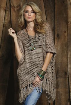 ***con hilo doble natural, aguja grande***  Elan International Oversized Sweater Poncho (inspiration only )