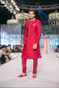 Sherwani by Nomi Ansari at PBCW 2014