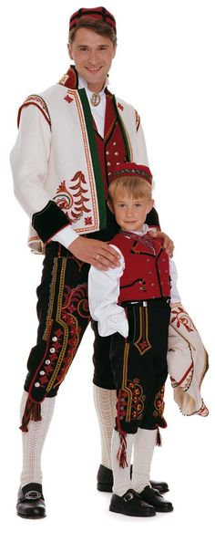 FolkCostume&Embroidery: Bunad and Rosemaling embroidery of upper Hallingdal, Buskerud, Norway We Are The World, People Of The World, Folklore, Norwegian Clothing, Beautiful Norway, Costumes Around The World, Art Populaire, Folk Clothing, Scandinavian Countries