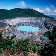 Costa Rican Volcanos - Costa Rica Travel Guide: Vacation and Travel tips